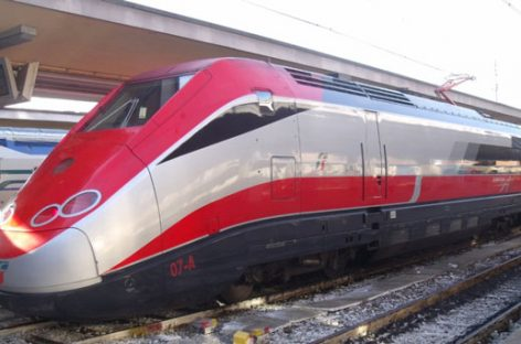 Frecce di Trenitalia, arriva il pass per i weekend d'estate
