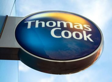 Metamorfosi Thomas Cook: <br>marketplace online di viaggi