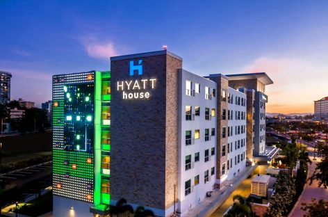 Hyatt e Small Luxury Hotels of the World si alleano per fidelizzare clienti