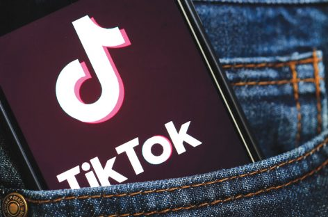 Fenomeno Tik Tok: in Italia 236 video al minuto