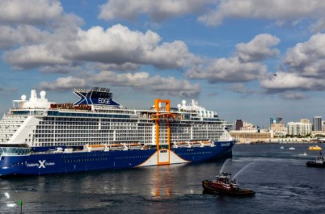Celebrity Edge arriva in Italia per l'estate nel Mediterraneo