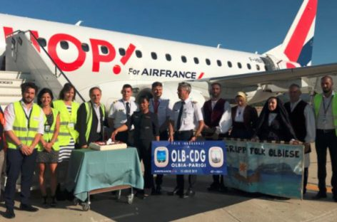 Decolla il volo Olbia-Parigi targato Air France Hop!